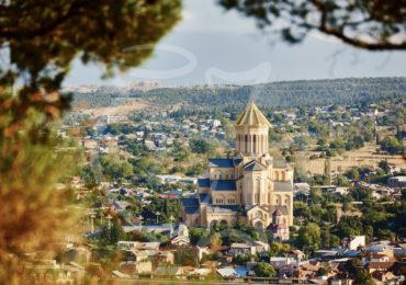 Цминда Самеба или Пресвятая Троица -главный кафедральный собор Грузинской православной церкви