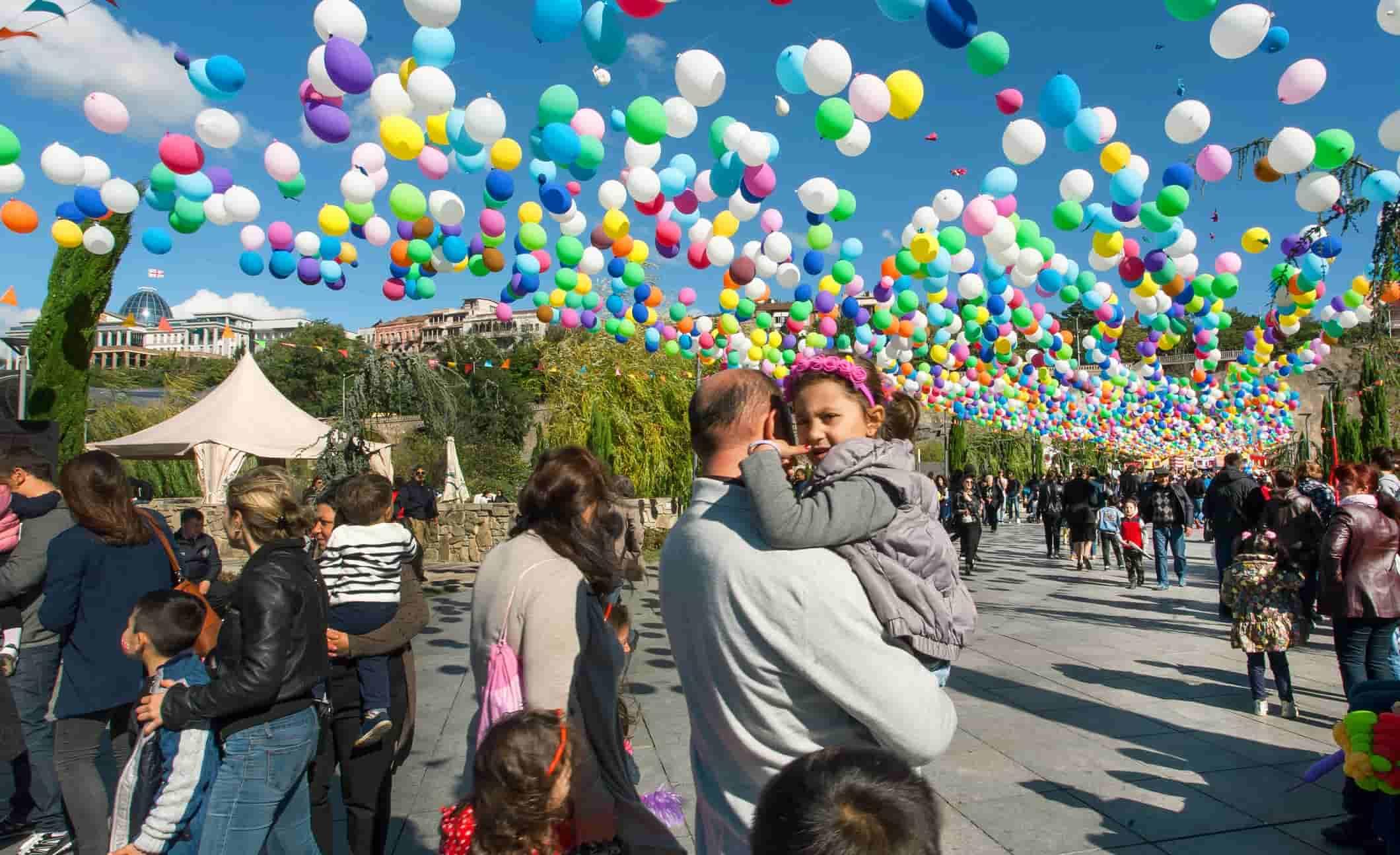 народные праздники грузии, религиозные праздники грузии, сбор винограда, сбор урожая