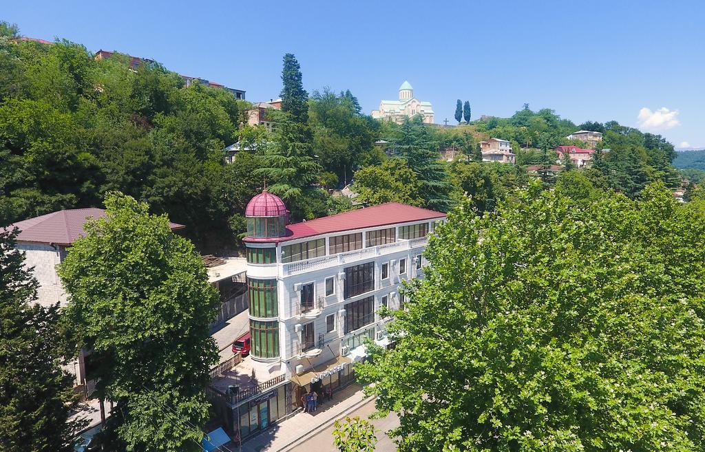 Traveler Hotel, Отели Кутаиси, Грузия